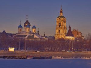 Новоспасский монастырь на берегу Москвы реки