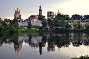 Паломничество по монастырям столицы