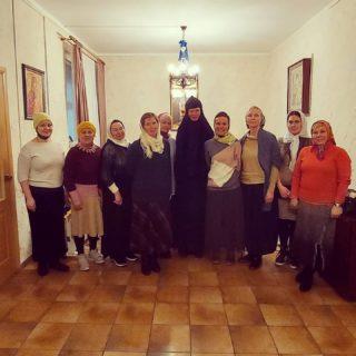 27.02.2021 Наша замечательная группа в гостях  у матери Елизаветы @feognost_sharovkin после вкусной трапезы в Свято-Успенском Шаровкином монастыре.