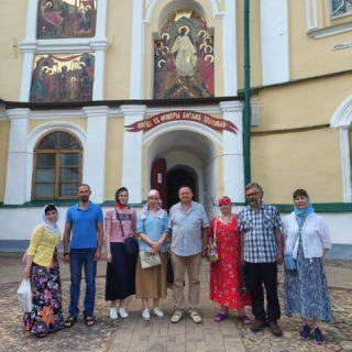 Богом зданные пещеры. Псково-Печерский монастырь. 26.06.2021
