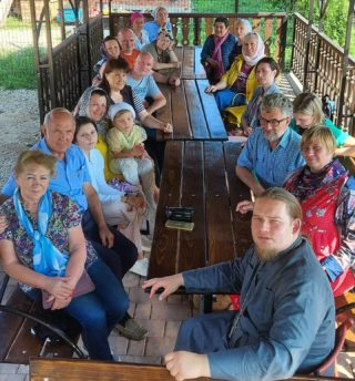 15.08.2021 Воскресная беседа нашей группы с отцом Дмитрием Торшиным в Озерском.